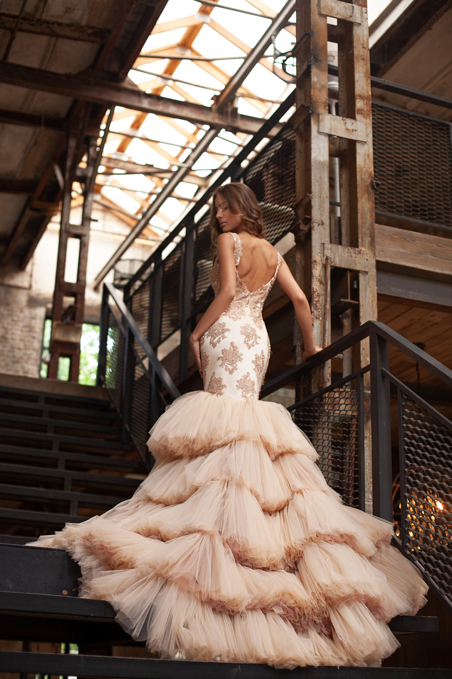 Helen gown, 2018, couture, gown, dress, evening, vanilla, lace, train, mermaid, bridal, tulle, discount, sale