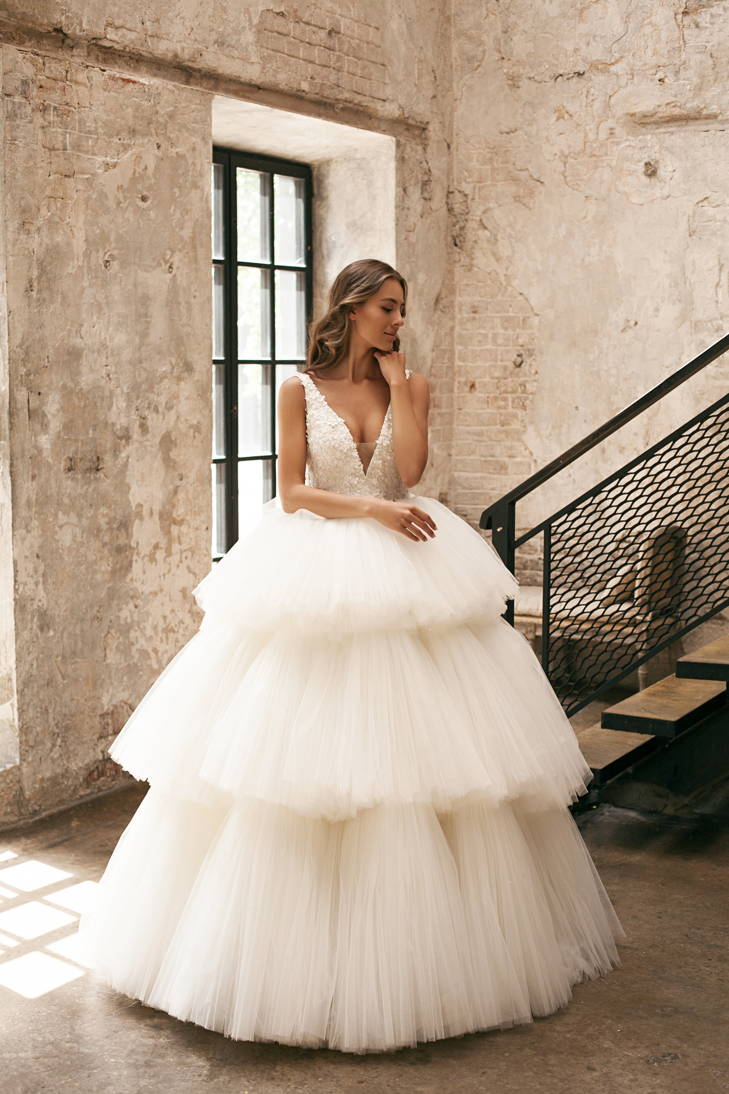 Olympia gown, 2018, couture, gown, dress, bridal, off-white, lace, full silhouette, tulle