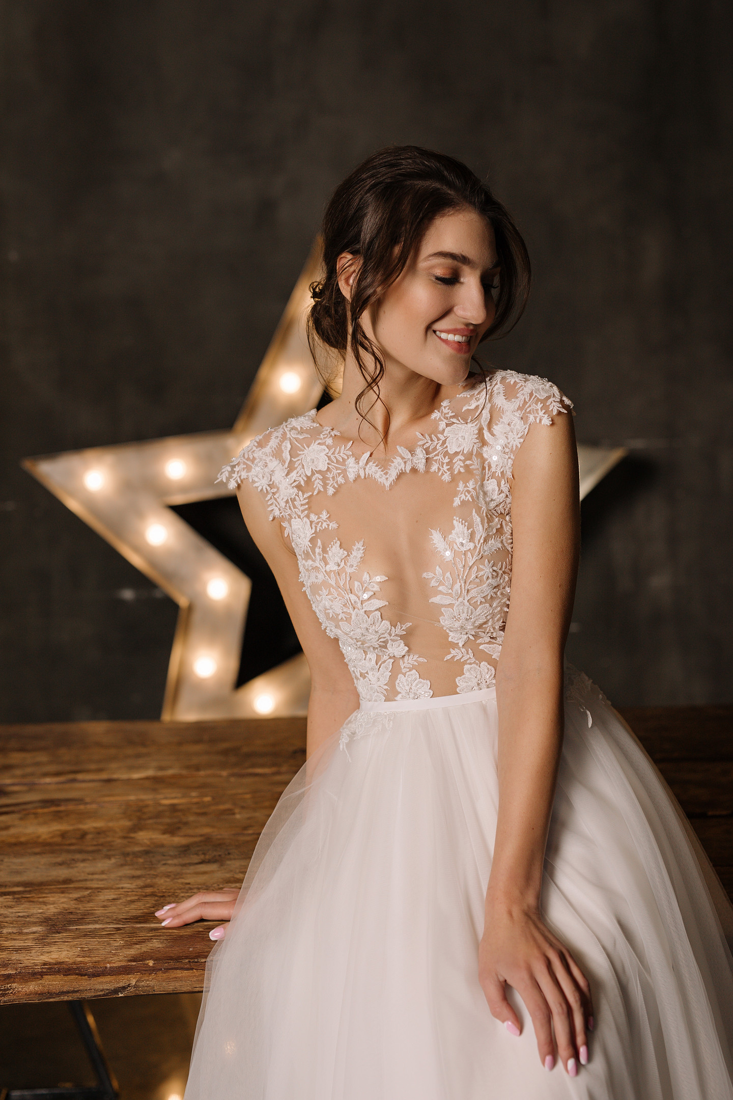 Liliana gown, 2019, couture, dress, bridal, off-white, lace, A-line, tulle, discount, sale