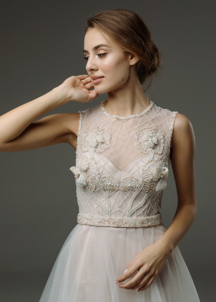 Violetta gown, 2019, couture, dress, bridal, off-white, tulle, powder color, embroidery, A-line, discount, sale