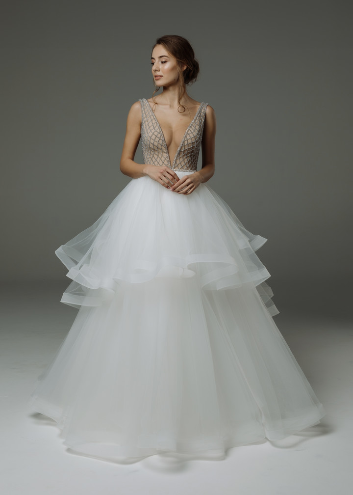 Marian gown, 2019, couture, gown, dress, bridal, off-white, tulle, embroidery, train, A-line