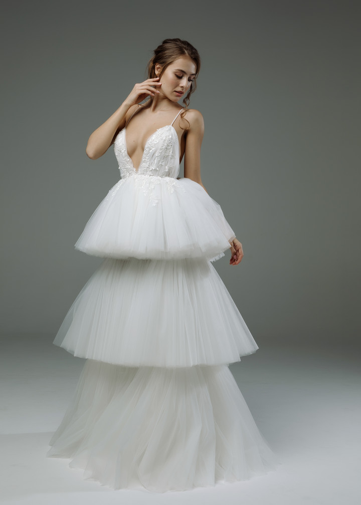 Eline gown, 2019, couture, gown, dress, bridal, off-white, lace, A-line, tulle