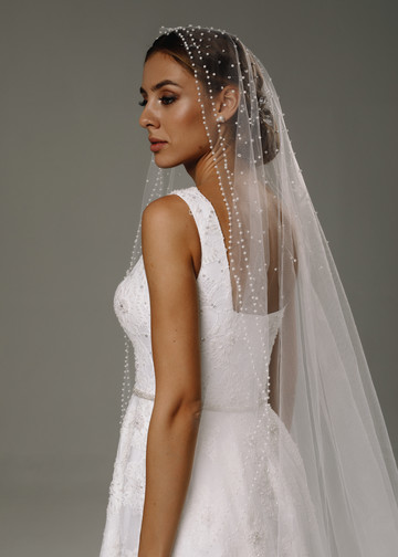 Veil with pearls, 2020, accessories, veil, bridal, off-white, tulle, Sandra, embroidery