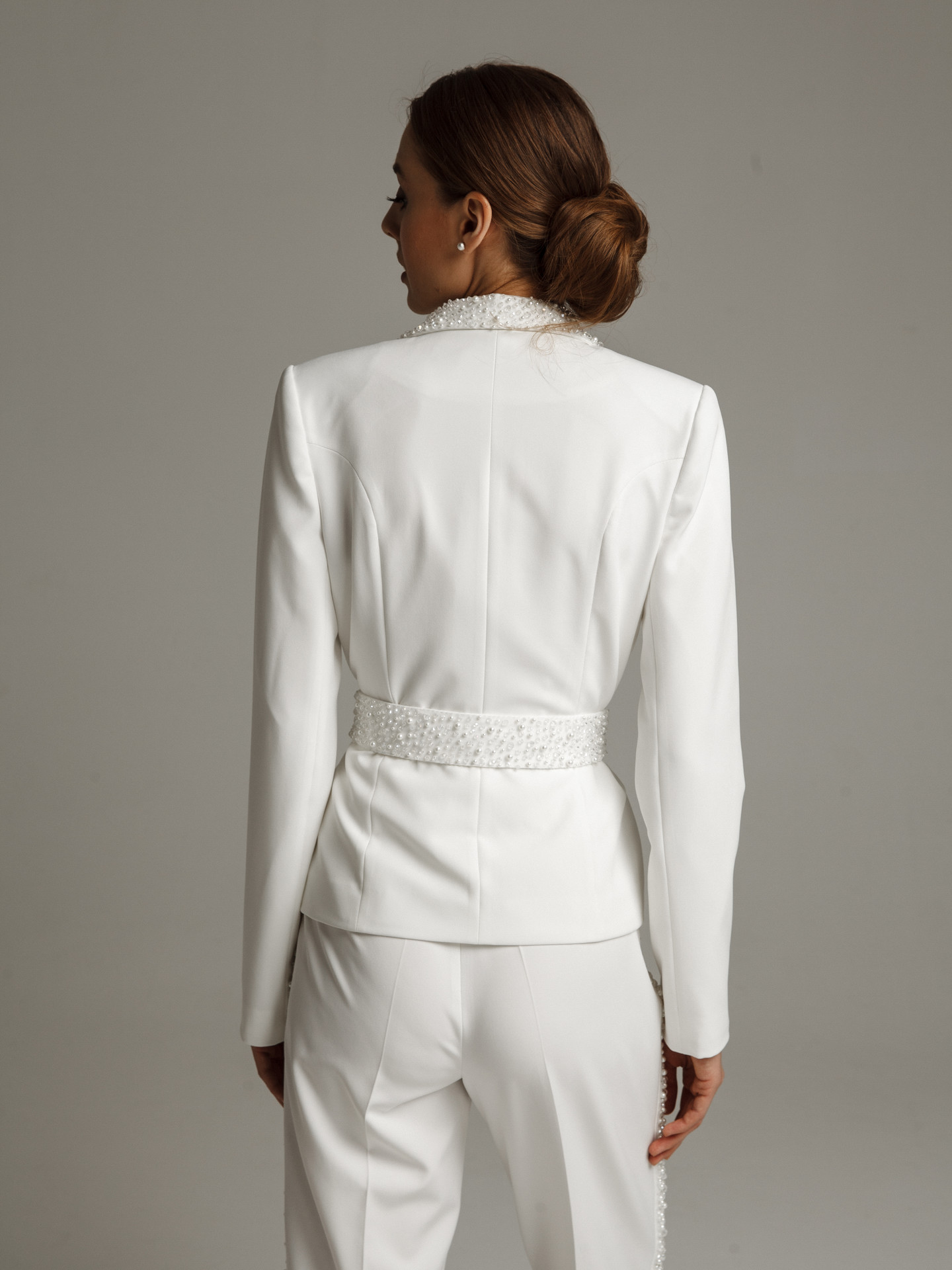 Beaded jacket, 2021, couture, jacket, bridal, off-white, beaded bridal suit, sleeves, embroidery