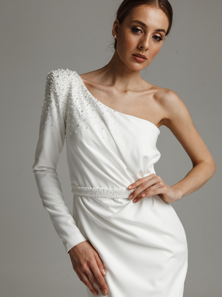 Paulette gown, 2021, couture, gown, dress, bridal, off-white, Paulette, sheath silhouette, embroidery, sleeves