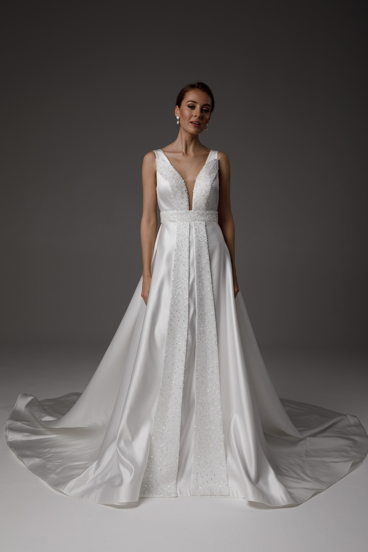 Dagny gown, 2021, couture, gown, dress, bridal, off-white, satin, Dagny, embroidery, A-line, train