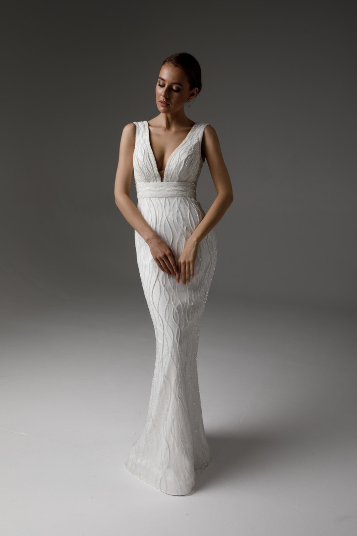 Runa gown, 2021, couture, dress, bridal, off-white, embroidery, sheath silhouette