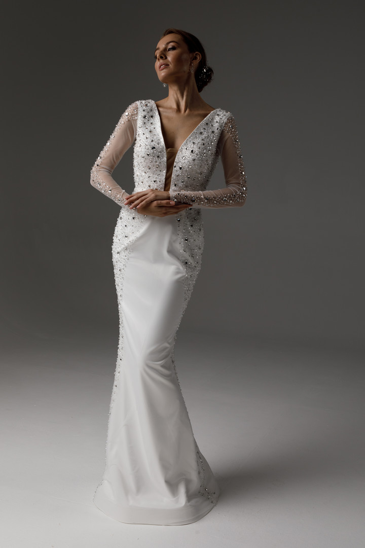 Raquel gown, 2021, couture, dress, bridal, off-white, embroidery, sheath silhouette, sleeves