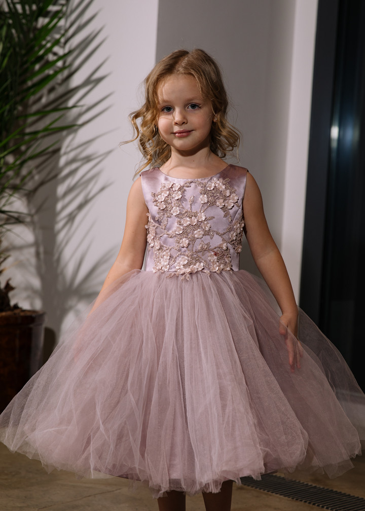 Fifi flower girl dress, 2021, couture, child dress, child, powder color, lace, embroidery, satin, flower girl, tulle